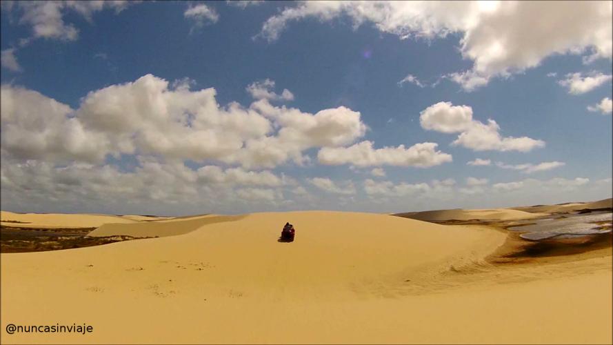 Quad sobre las dunas de los Pequenos Lençóis