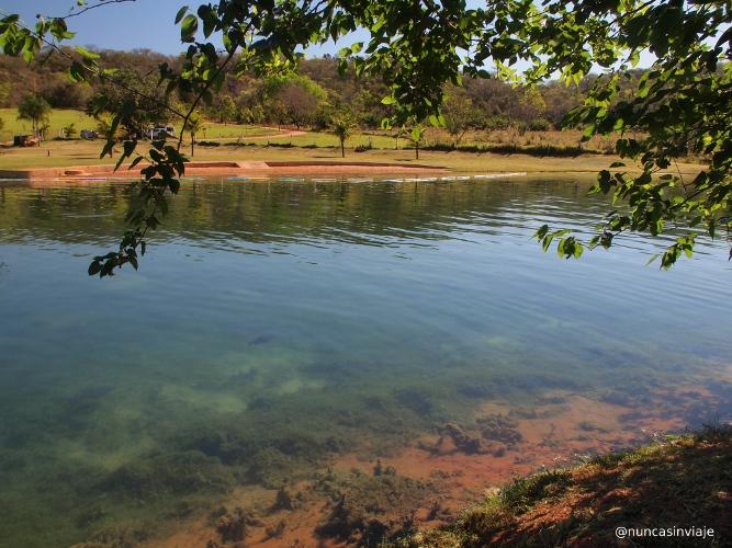 Lago fluvial en la fazenda