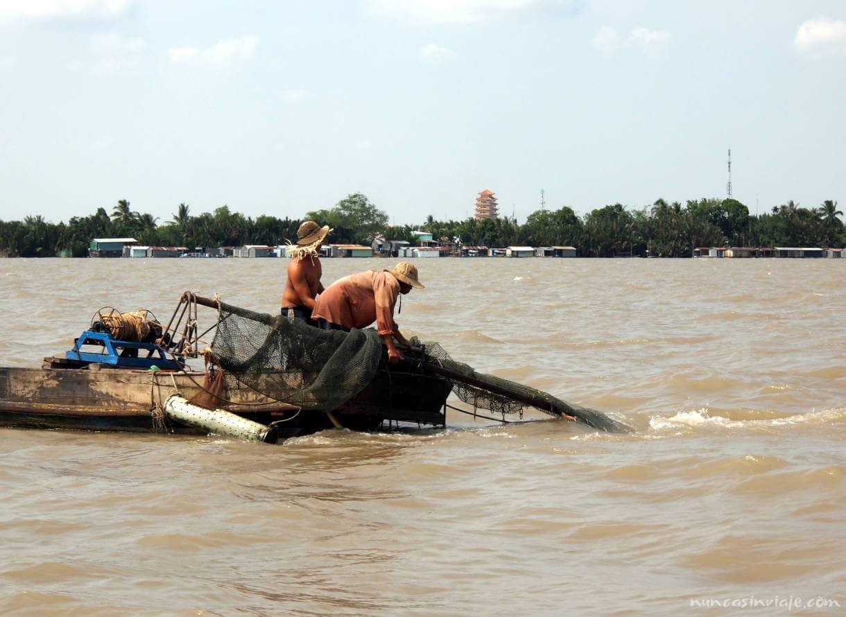 Pescadores en el Delta del Mekong
