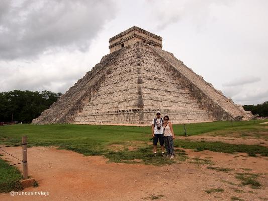 Ruinas en Riviera Maya: el castillo de Kukulkán en Chichén Itzá