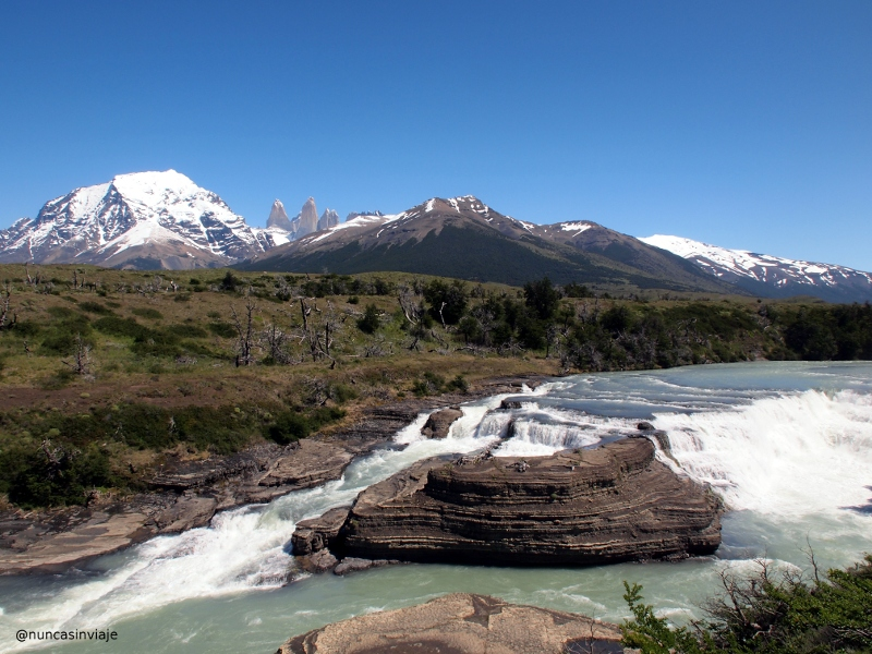 Cascada del río Paine en Chile