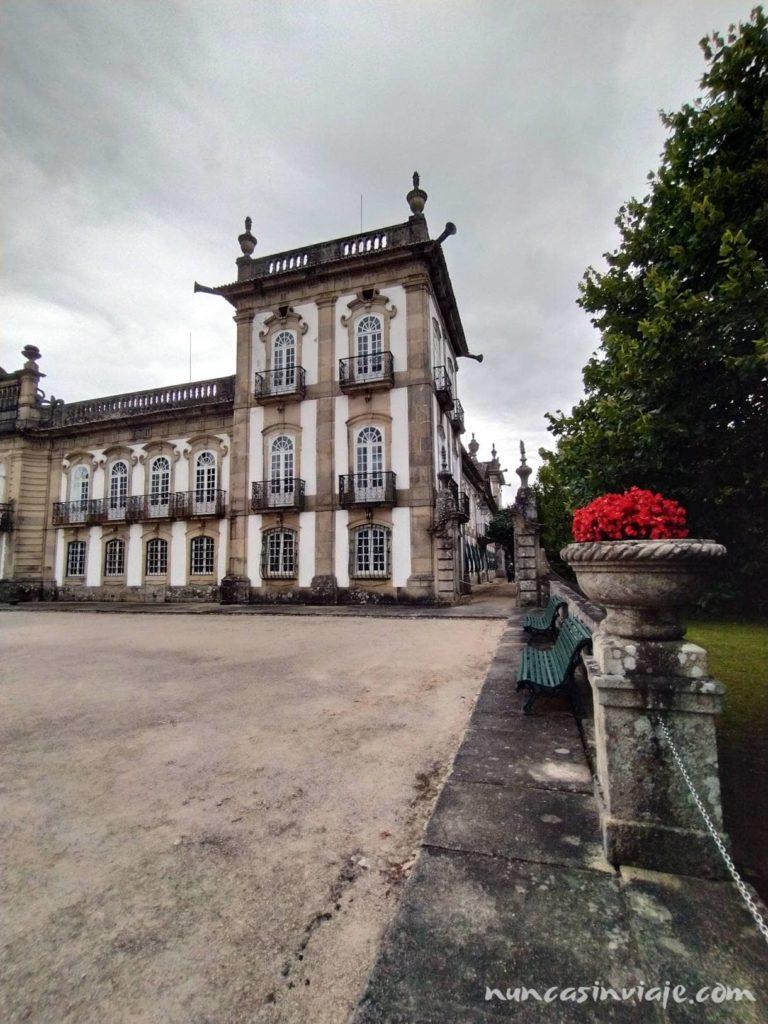 Vista lateral del palacio