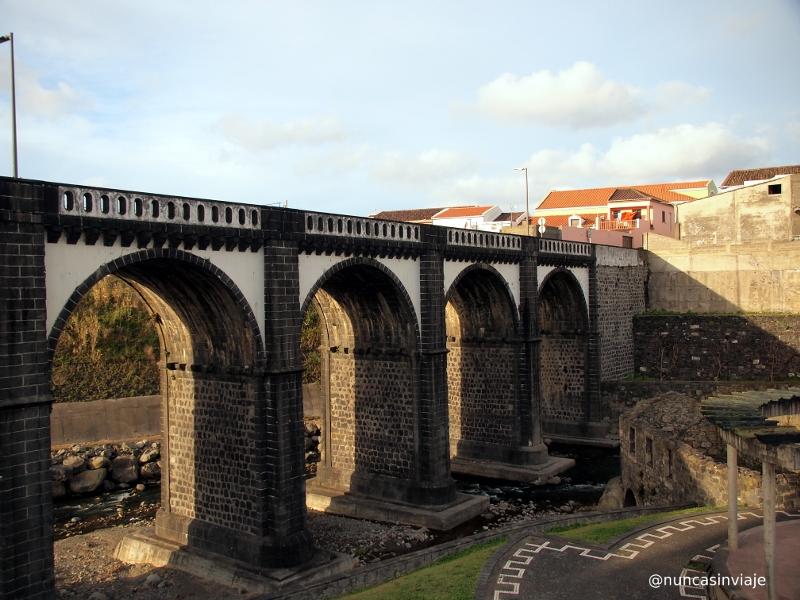 Puente en Ribeira Grande San Miguel
