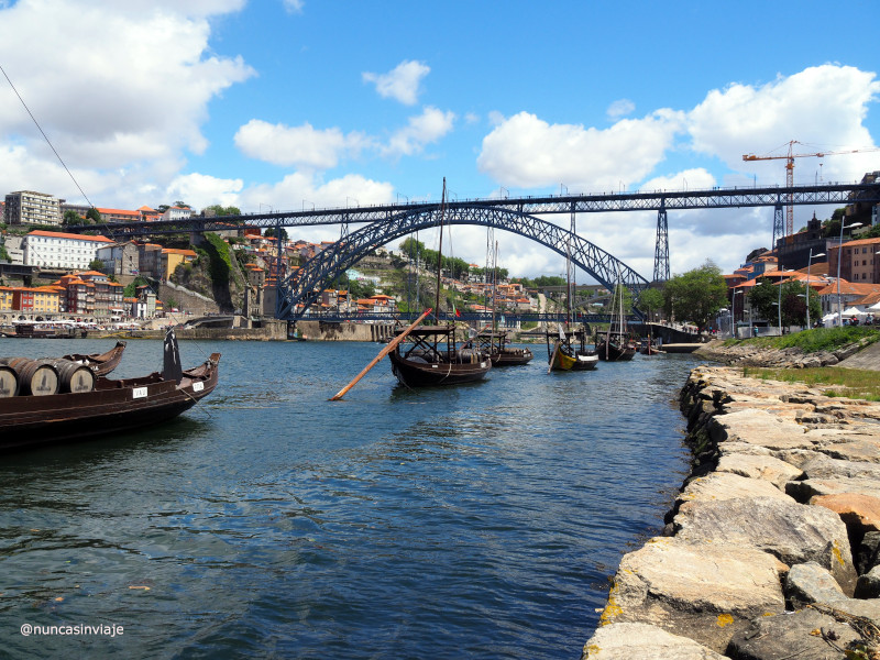 Barcos rabelos en Oporto