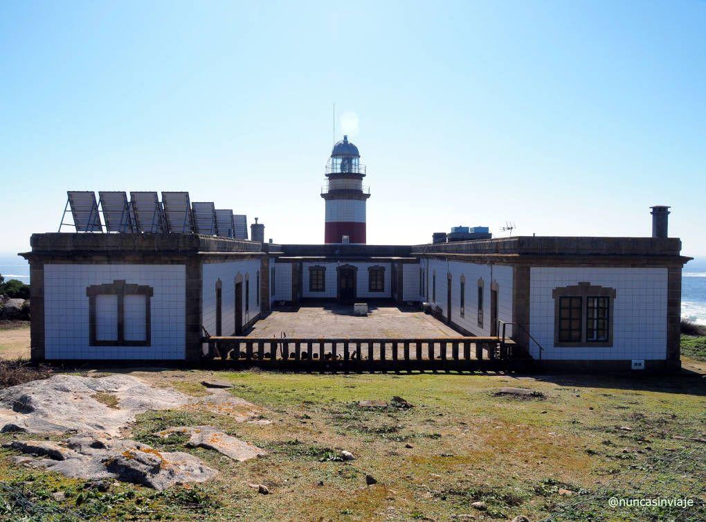 Faro actual de la isla, que todavía estaba en construcción cuando se produjo el naufragio del Santa Isabel