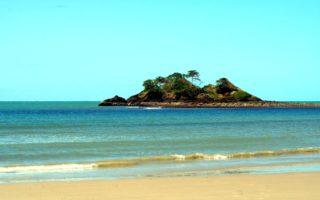 Islote en Thornton Beach