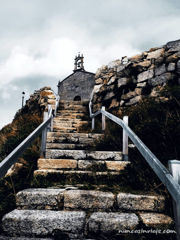 Capilla en lo alto del Monte Alba