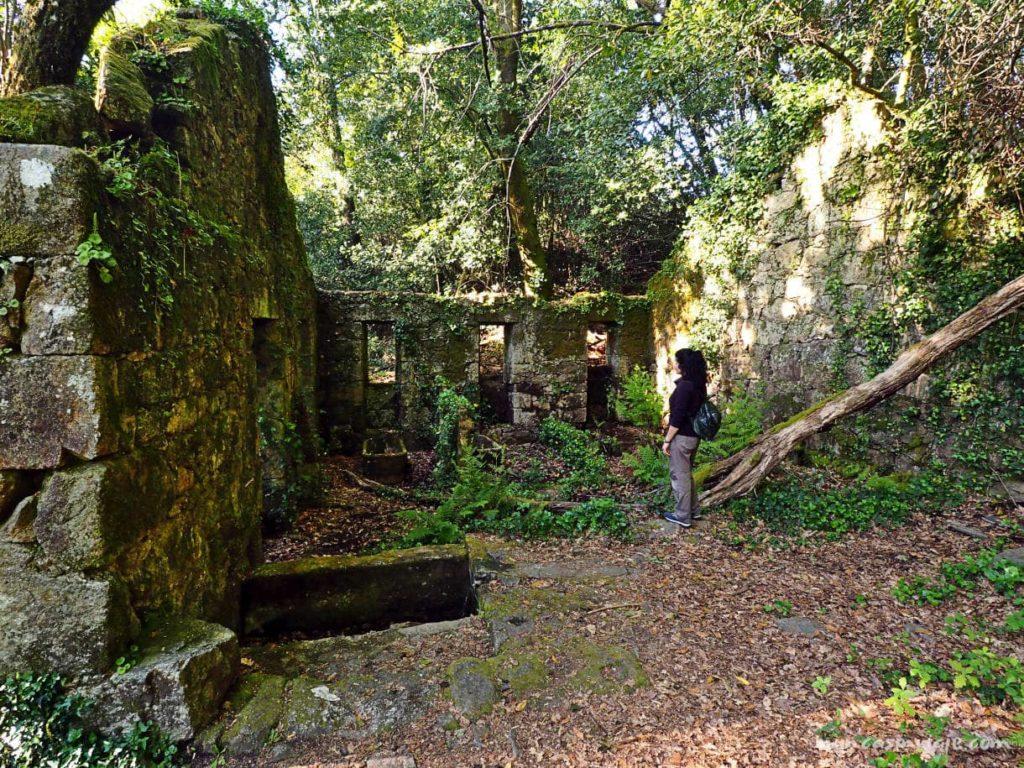 Antiguo balneario de Sabaxáns