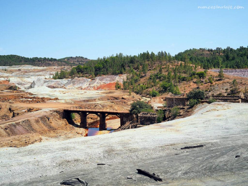 Puente sobre el Río Tinto