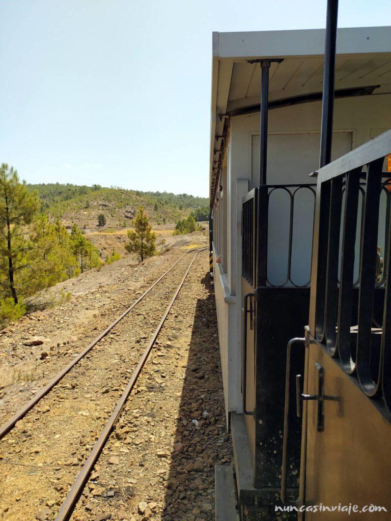 Tren minero en una cuesta