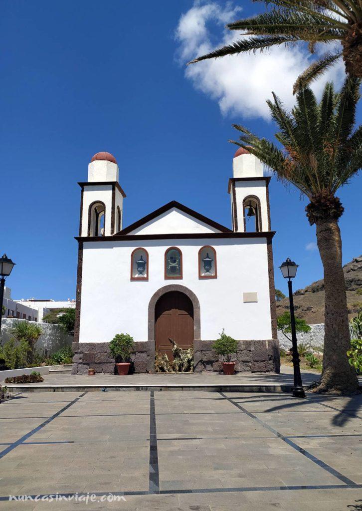 Ermita en el Puerto de las Nieves de Agaete