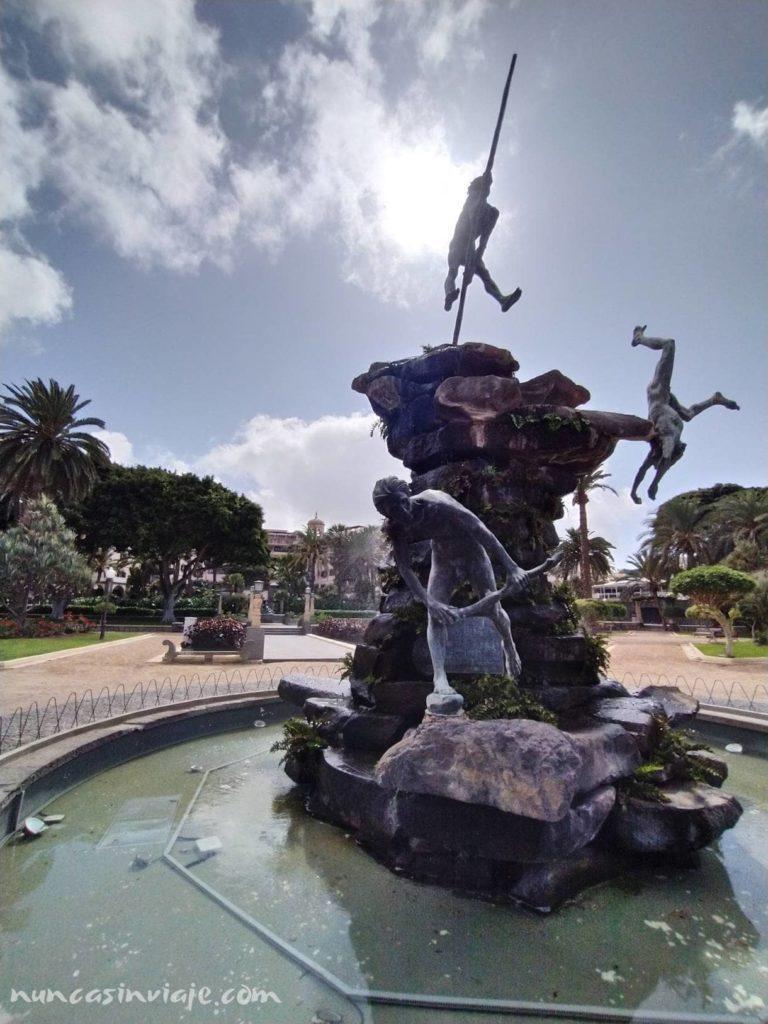 Escultura Atis Tirma en Las Palmas de Gran Canaria