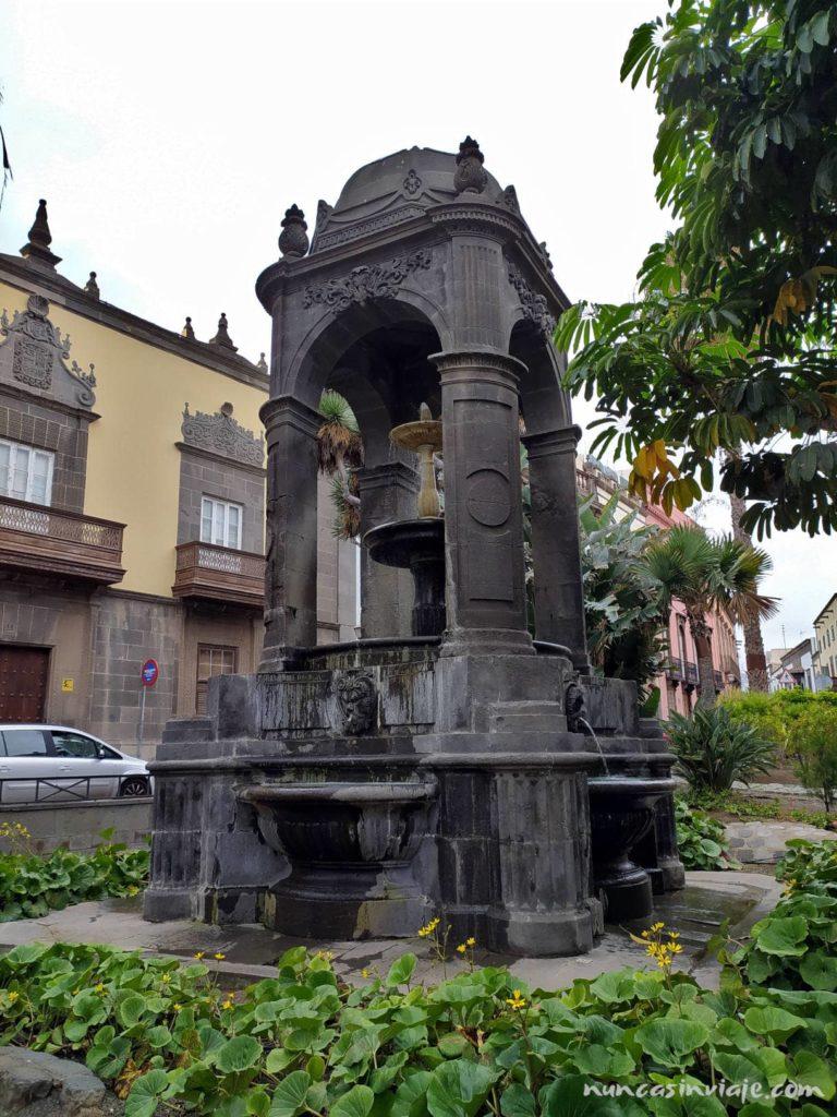 Fuente en la Plaza del Espíritu Santo