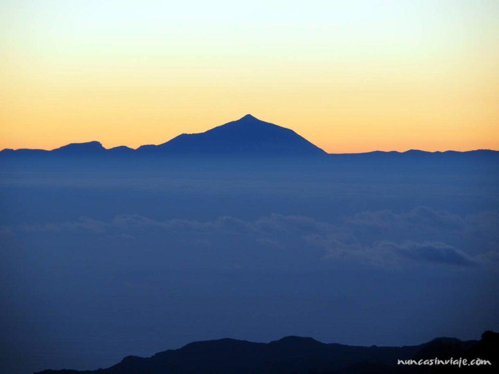 Vistas del Teide entre nubes