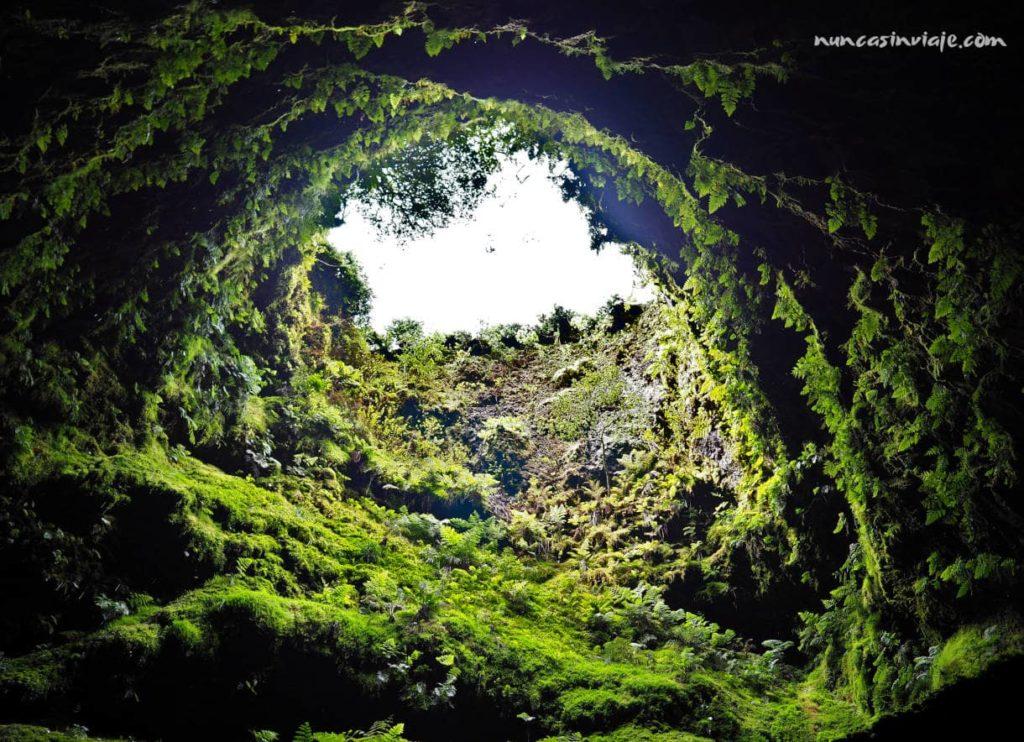 Que ver en Terceira: Algar do Carvao