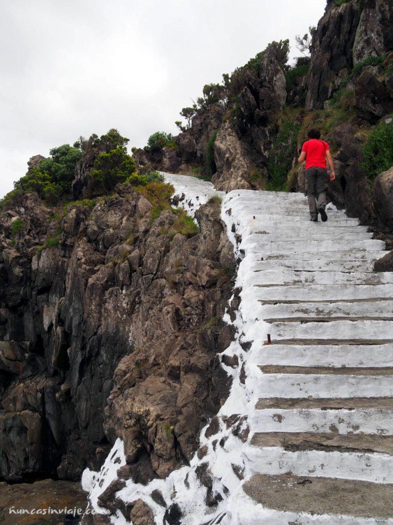 Escalera en Serreta