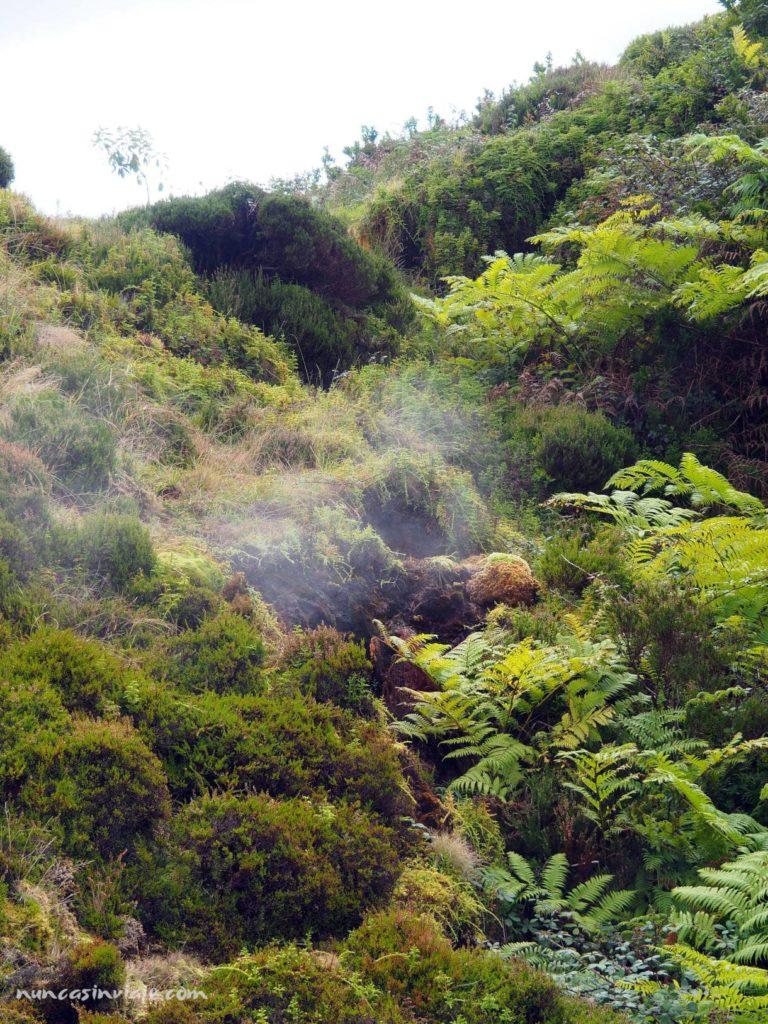 Que hacer en Terceira: visitar las Furnas do Enxofre